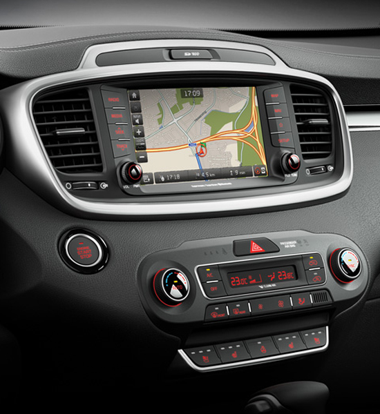 Kia New Sorento touchscreen Android Auto Apple CarPlay